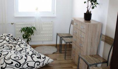 Topoľčany 3-izb.byt 61 m2 čiast. rekonšt. centrum,okr.Topoľčany