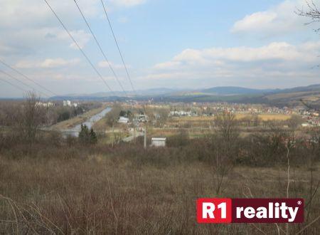 Lukratívne pozemky pre RD na Červenej Veži, k.ú. Banka