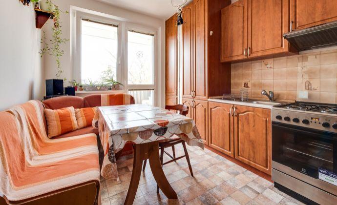 4izb byt, čiastnočné zariadený,pekný výhlad,tiché prostredie