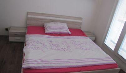 Prenájom 3 izbový byt - samostatné izby