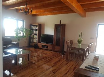 luxusný 4 izbový byt v RD - novostavba Chrenová