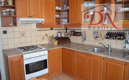 PREDANÉ!  Výhradne u nás! Predaj 3 izb. bytu , nepriechodné izby, 78 m2 , Nitra