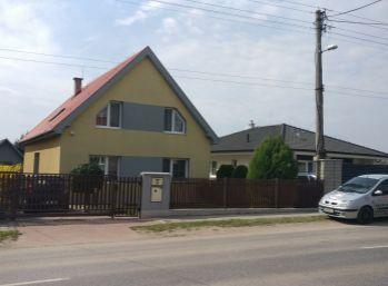 !!! Rezervované !!!  6 izbový rodinný dom Vinohrady nad Váhom