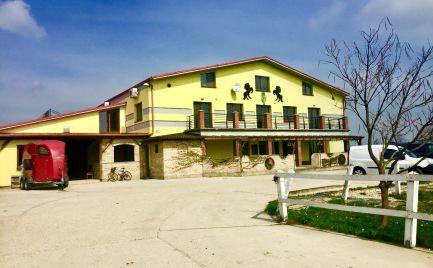 Jazdecký športový areál s reštauráciou, ubytovaním v Dunajskej Lužnej.Cena dohodou.