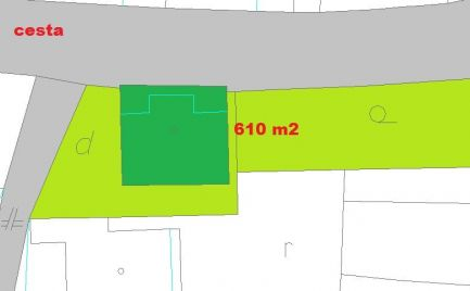 Rodinný dom 5+KK, s pozemkom 610 m2,  8 km od Banskej Bystrice - cena -  131 000€