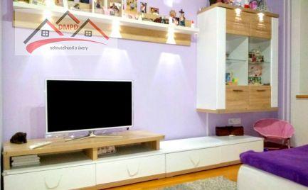 DMPD real ponúka na predaj krásny slnečný 3-izbový byt o rozlohe 77m2 po kompletnej rekonštrukcii.