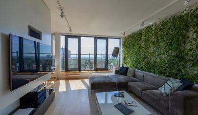 Ponuka  3-izbový mezonet, dizajnovo a nadštandardne zariadený s panoramatickým výhľadom na Bratislavu.
