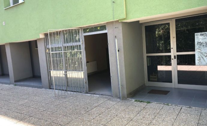 BA IV Karlova Ves Jurigovo námestie 3 predaj obchodného nebytového priestoru o výmere 19,5 m2