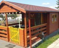 Predaj,  drevená záhradná chatka v záhradkárskej osade pri priehrade.