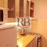 Na prenájom 1 izbový byt na Bučinovej ulici vo Vrakuni