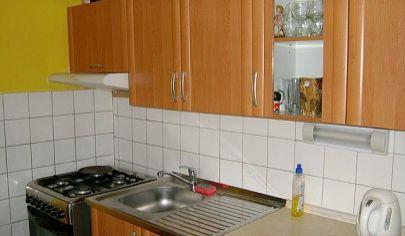 PARTIZÁNSKE  2+1 byt s balkónom centrum 50 m2