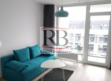 Na prenájom 1 izbový byt na Sliačskej ulici v Novom Meste