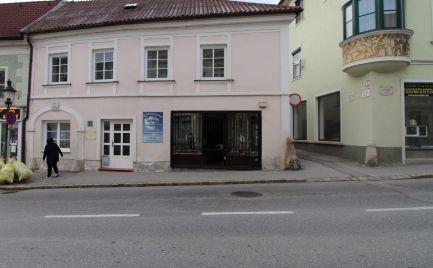 Prenájom 2 izbového bytu Hainburg an der Donau, Rakúsko