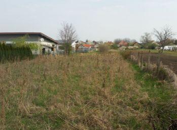 Stavebný pozemok ,Čechynce,2954m2 (001-14-MIK)