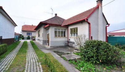 3-izbový rodinný dom v obci Šajdíkove Humence, okr. Senica