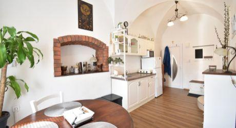 TOP PONUKA 1- 2 izbový byt 29 m2 s pivnicou - Rajka