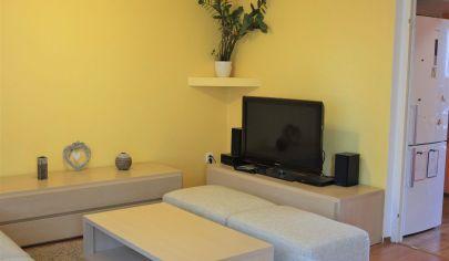 EXKLUZÍVNE na predaj 3 izbový byt, 2./8 podlažie, loggia, Martin – Košúty 2