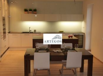 Luxusný 5 izb. klimatizovaný  mezonet