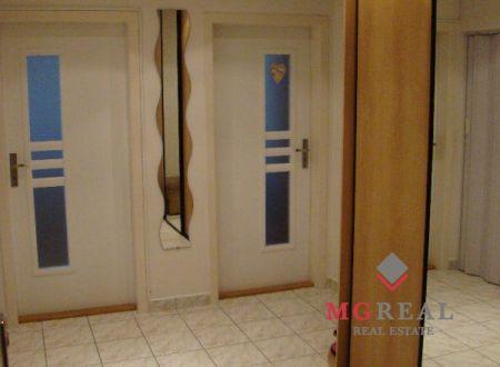 REZERVOVANÉ Na predaj 2 i byt 63 m2 v Partizánskom
