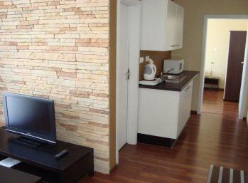 2 izbový apartmán na brehu Slnečných jazier