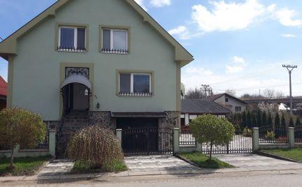 Predaj veľkého RD s apartmánmi v blízkosti TK Podhájska
