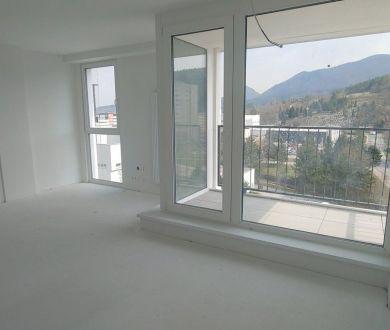 Ponúkame na predaj novostavbu 3 izbového nadštandardného bytu v najužšom centre mesta Považská Bystrica.