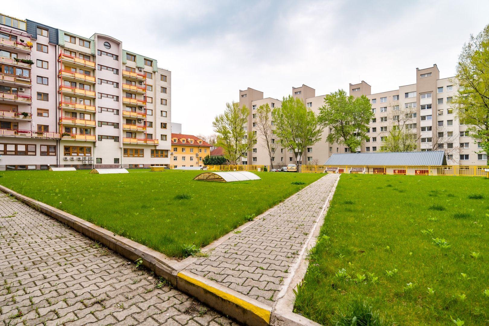ponukabyvania.sk_Záhradnícka_4-izbový-byt_KOHOUT