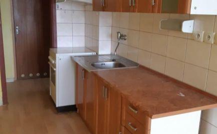 BÁNOVCE nad BEBRAVOU – 3 – izb. byt / sídl. SEVER / VEĽMI PEKNÝ / komplet prerobený / 77 m2 / BALKÓN