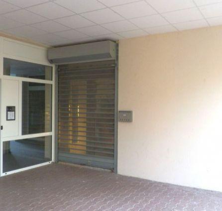 StarBrokers – PRENÁJOM: obchodný priestor 35 m2 Šintavská, Bratislava - Petržalka