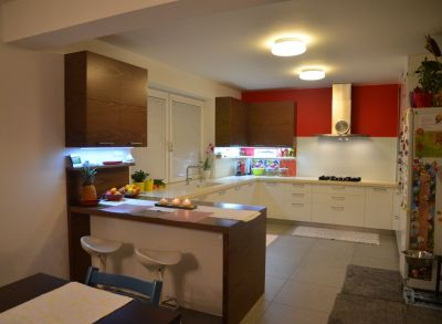Ponúkame Vám na predaj rodinný dom Bratislava- Podunajské Biskupice, Hradská ul.