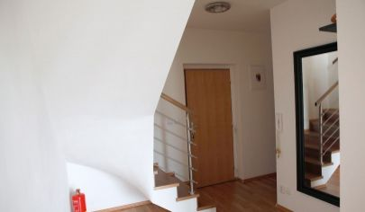 Na predaj 2. izbový byt Nové Mesto, Riazanská.
