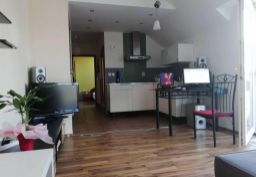 Predaj 2.izbový byt s velkým balkonom