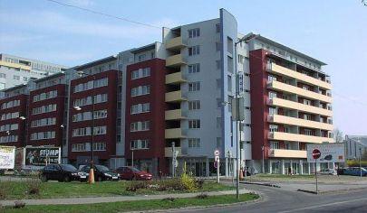 Hľadám 2-3 izbový byt  s terasou a pekným výhľadom