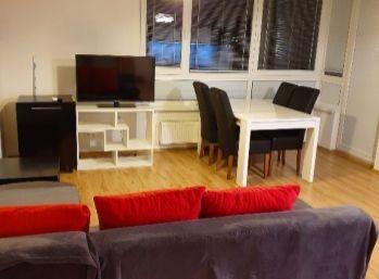 Klimatizovaný 2 izbový byt s parkovaním