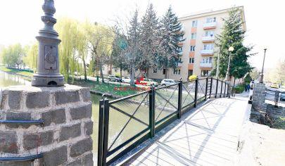 Veľký,3 izbový,tehlový byt,76m2,garáž,prenájom, Mlynský náhon, Alešovo Nábrežie,Košice-sever