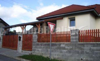 Predaj pekného domu s bazénom, altánkom v Pliešovciach okr.Zvolen