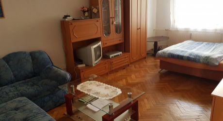 Na predaj 2-izbový byt na ul. Nábrežná v Nových Zámkoch