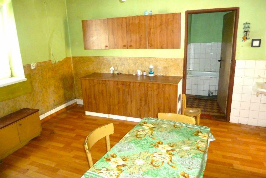 Predaj Rodinné domy Poltár-3