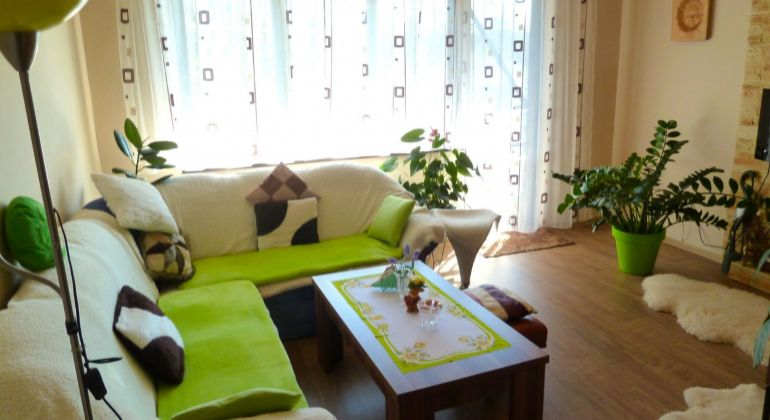 Na predaj 3 izbový byt, Poltár - tehlový, vlastné kúrenie, garáž...