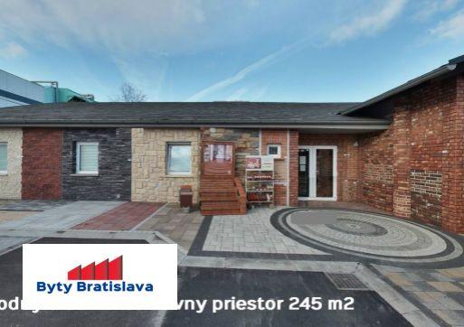 Byty Bratislava prenajme sklady a kancelárie v areáli na Magnetovej ul., BA III Nové mesto.