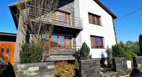 Na predaj rodinný dom 5+1, garáž, lodžia, bazén, 393 m2, Nové Mesto nad Váhom