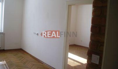 REALFINN  - NOVÉ ZÁMKY -  2 izbový byt na prenájom v centre mesta