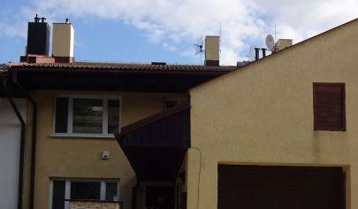 Rodinný dom s výhľadom v radovej zástavbe, Karlov Ves – Staré Grunty