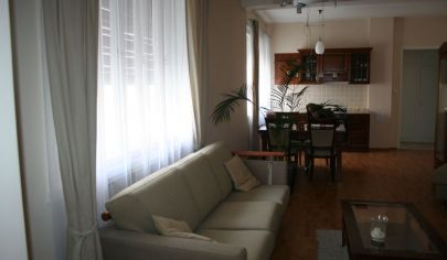 2 izbový zariadený byt v historickom centre, ul. Gorkého ,Bratislava - Staré Mesto