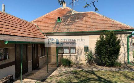 Predaj 4- izbový rodinný dom s veľkým pozemkom Svätý Peter
