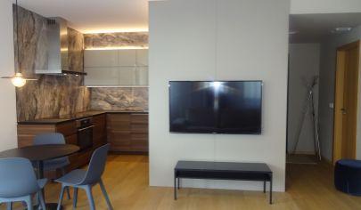 Exkluzívny 2 izbový byt s parkovaním, ul.Žižkova - Zuckermandel