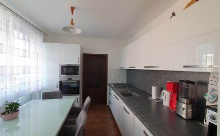 Exkluzíne na predaj 3i byt v obľúbenej lokalite Nitra Benkova ulica