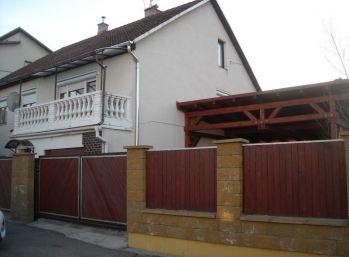 SUPER  CENA  Murovaný rodinný dom s pekným veľkým pozemkom...Sielnica, okr.Zvolen