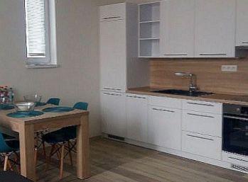 2 izbový byt po kompletnej rekonštrukcii - zariadený..... Zvolen...širšie centrum