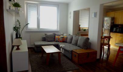 PEZINOK - predaj pekný 3 izbový byt s loggiou, rekonštrukcia, výhľad, atmosféra, lokalita